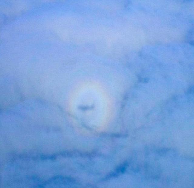 ブロッケン現象 ~ニュージランド~_f0346196_16000970.jpg