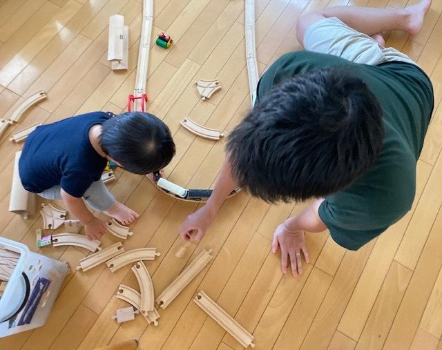 wood  toy   息子たち~孫に受け継がれて_a0165160_06402325.jpg