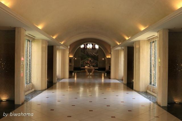 リゾートホテルの別れに_b0055171_23555096.jpg