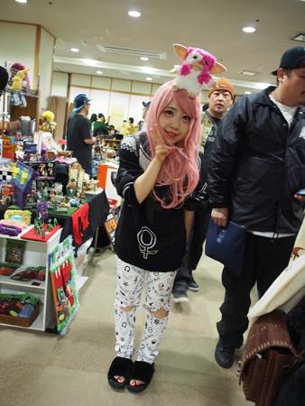 JUNX outside toy show_c0404676_12365979.jpg