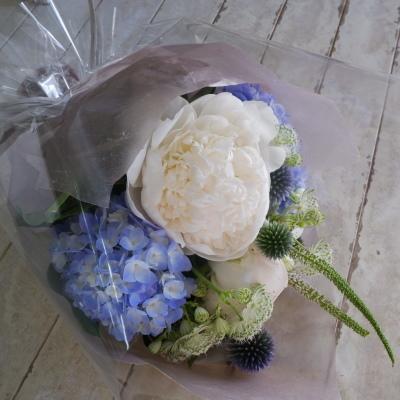 オークリーフ花の教室(須藤さんの作品)_f0049672_19060456.jpg