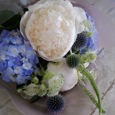 オークリーフ花の教室(須藤さんの作品)_f0049672_19060804.jpg