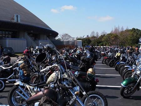 バイク駐車場_c0404676_13261624.jpg