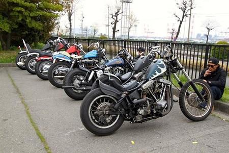 バイク駐車場_c0404676_13261681.jpg