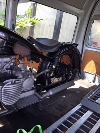 トレジャーハント BMW R12_c0404676_16363351.jpg