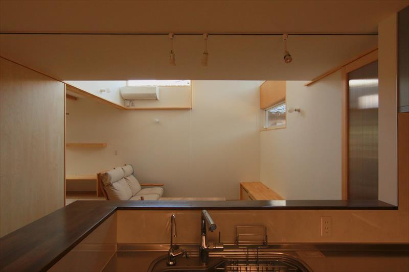 コンセプトをご紹介 住宅密集地に建つ光あふれる開放感のある住まい_b0349892_05583547.jpg