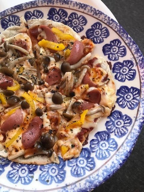 手作りピザ食べ放題する。_a0050302_13584901.jpg