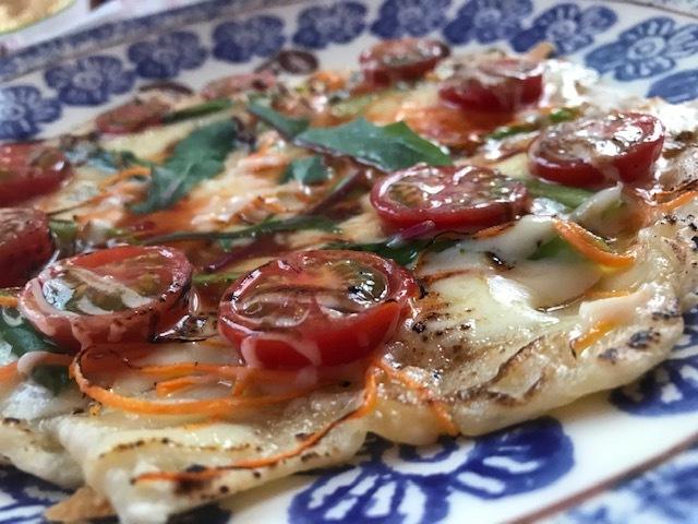 手作りピザ食べ放題する。_a0050302_14003931.jpg