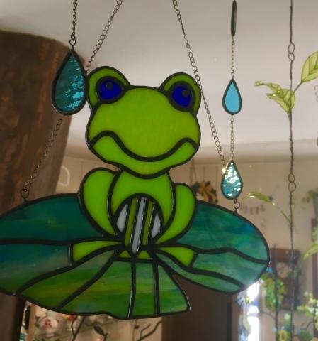 カエルの季節がやってきました!_c0202104_22495857.jpeg