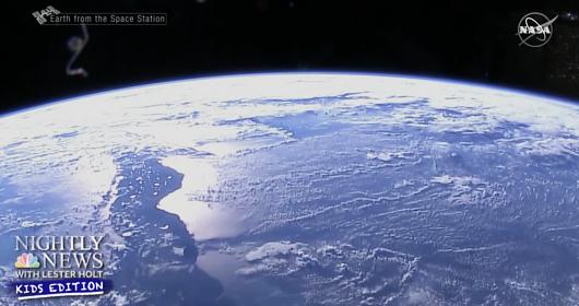 宇宙の旅は、大人の想像以上に子どもたちに夢や希望を…_b0007805_22593394.jpg