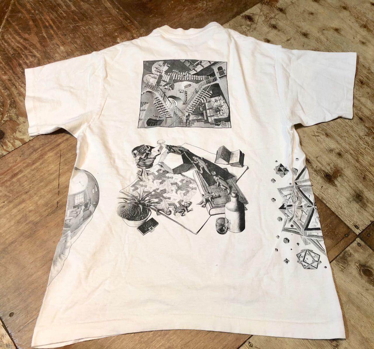 6月13日(土)入荷!90s アメリカ製 ESCHER  エッシャー だまし絵 アートTシャツ!_c0144020_13425404.jpg