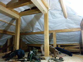 屋根裏の暑さ対策_c0405550_16455608.jpg