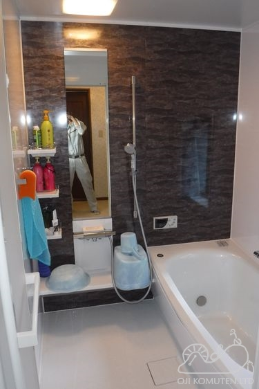 工務店で安心浴室リフォーム_c0405550_16465190.jpg