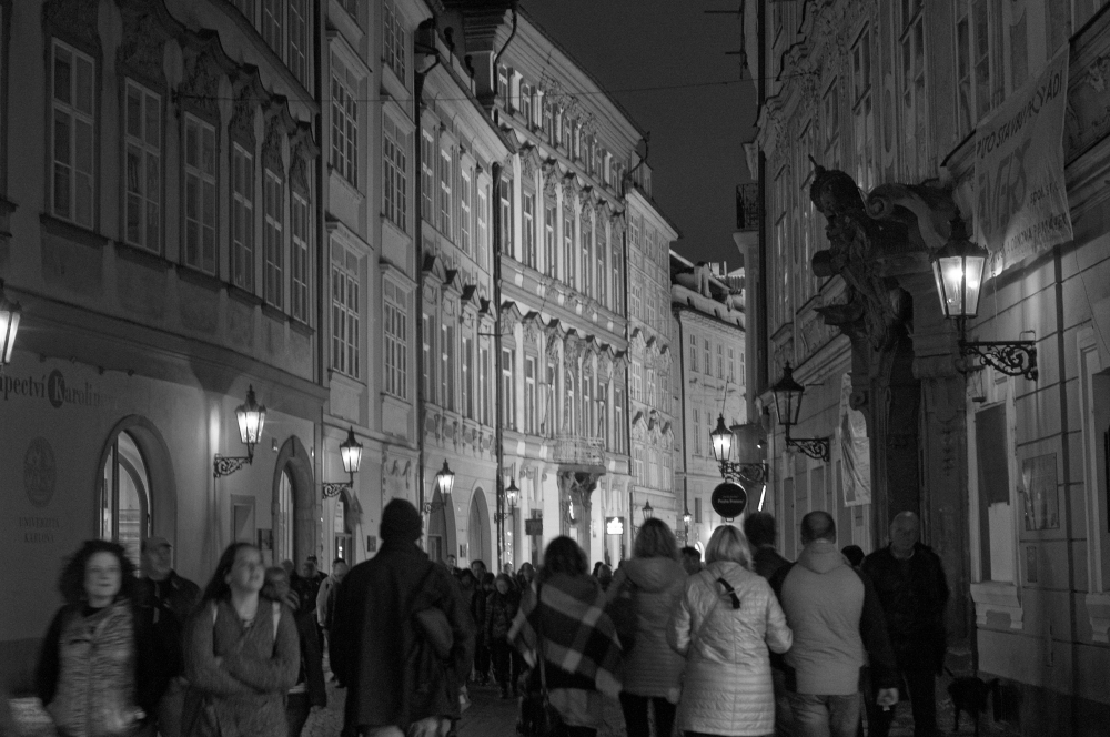 A moment in Prague #59 - night walking -_d0349265_14243778.jpg