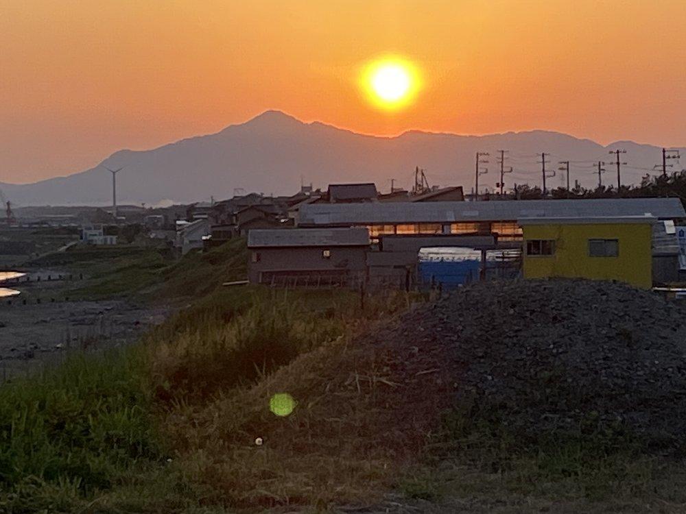 米山と朝日!_e0065084_19401084.jpg