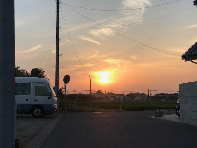夕陽につられて。。_f0242002_22491288.jpg