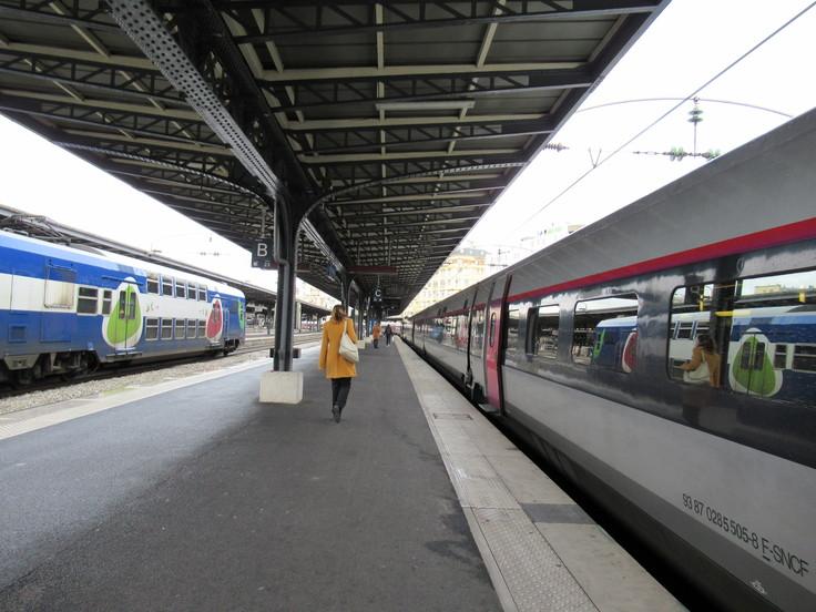 パリ東駅からランスへ。_c0212604_23344939.jpg