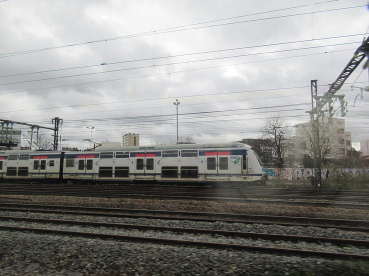 パリ東駅からランスへ。_c0212604_23364134.jpg