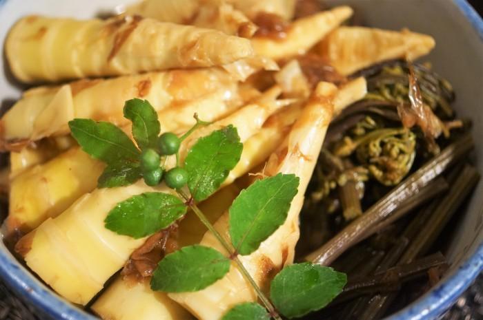 ■季節料理【真竹と蕨の煮付け】_b0033423_22051425.jpg