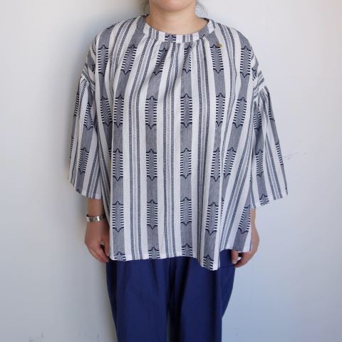 Slow Hands : Dobby stripe blouse_a0234452_12462542.jpg