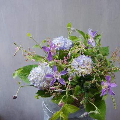 オークリーフ(紫陽花とクレマチス)_f0049672_14340976.jpg