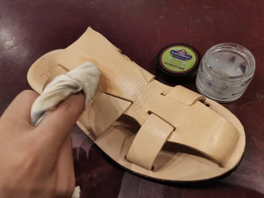 【荒井弘史靴研究所】自分で作れる!総ヌメ革サンダル発売開始!_f0283816_11455135.jpg