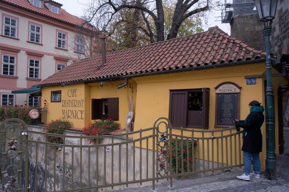 A moment in Prague #61 - 街の色 part 1 -_d0349265_17064942.jpg