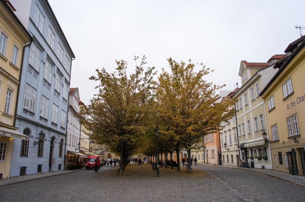 A moment in Prague #61 - 街の色 part 1 -_d0349265_17065623.jpg