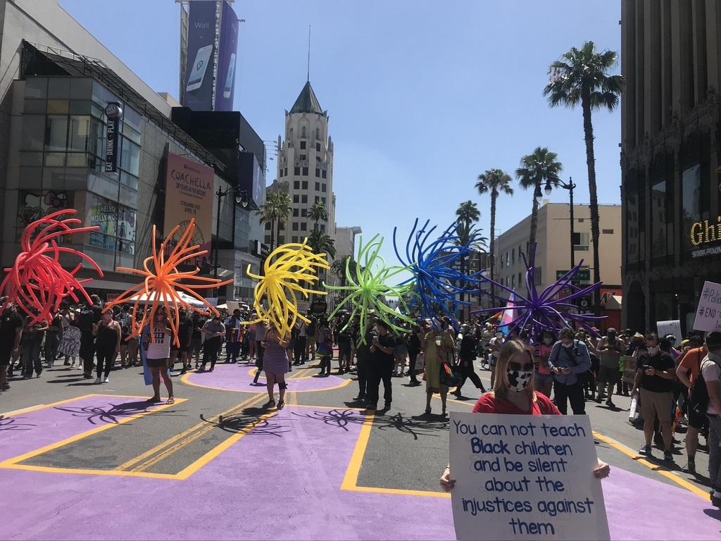BLM LAプライド版デモ in West Hollywood_d0003936_13014089.jpeg