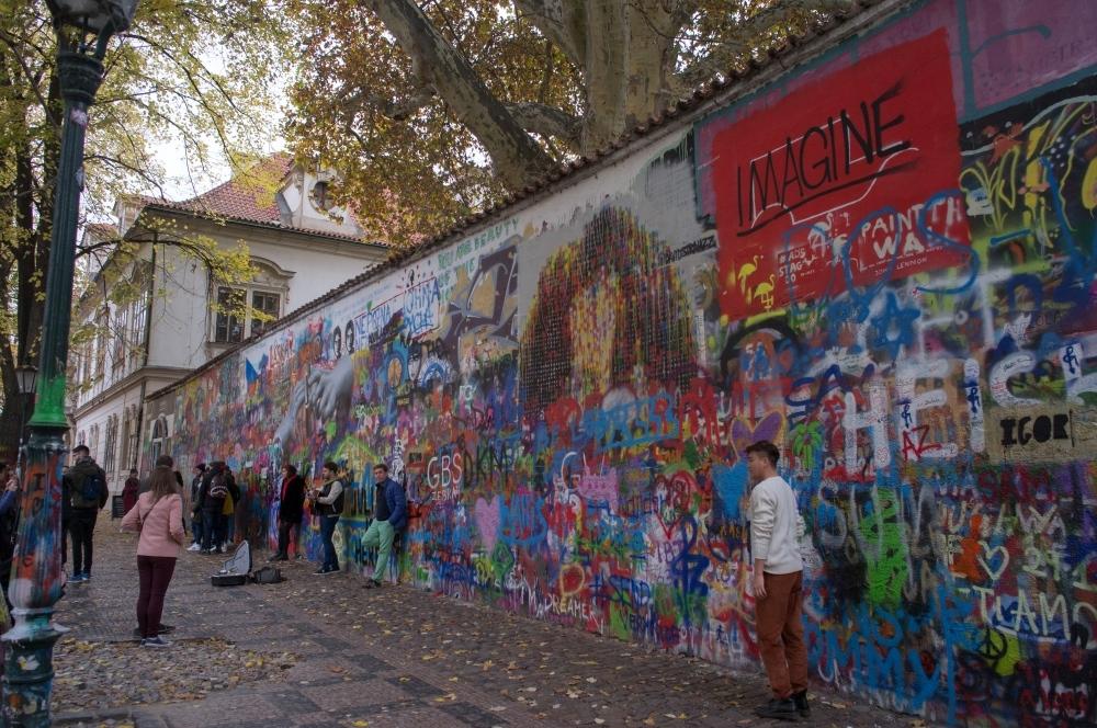 A moment in Prague #62 - 街の色 part 2 -_d0349265_10502471.jpg