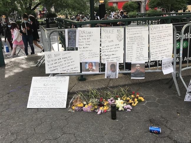 NY再開!警官による黒人殺害事件と、新しい世代が率いる「ブラックライヴズ・マター」_c0050387_15293327.jpeg
