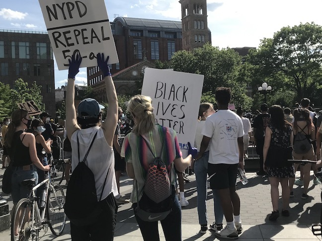 NY再開!警官による黒人殺害事件と、新しい世代が率いる「ブラックライヴズ・マター」_c0050387_15295772.jpeg