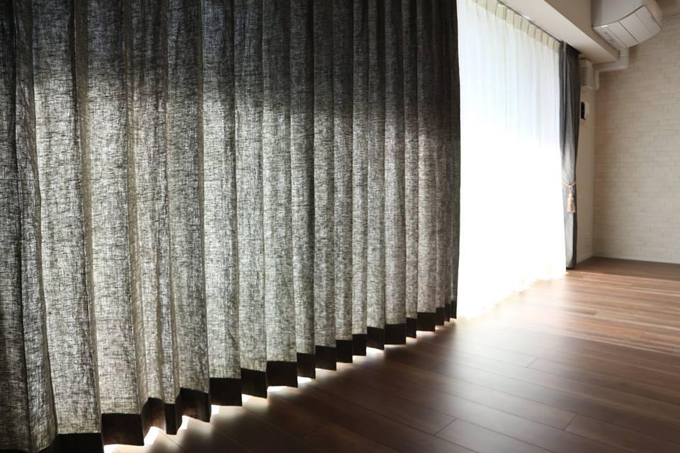 人気のリネンカーテン「リフリン」、今年は1か月半のロングラン_f0176387_17535425.jpg