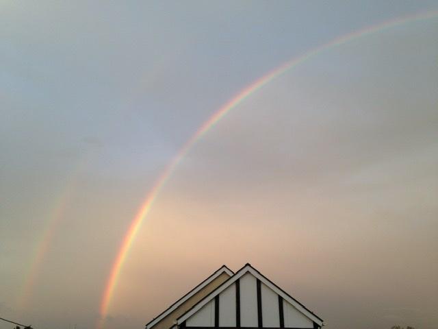 虹の橋を渡りました。_c0035001_21413984.jpeg