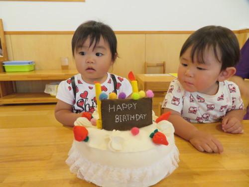 乳児 4月、6月生まれの誕生会_f0327175_17011774.jpg