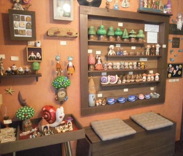 営業再開のマリオネットと人形店_d0152713_09592588.jpg