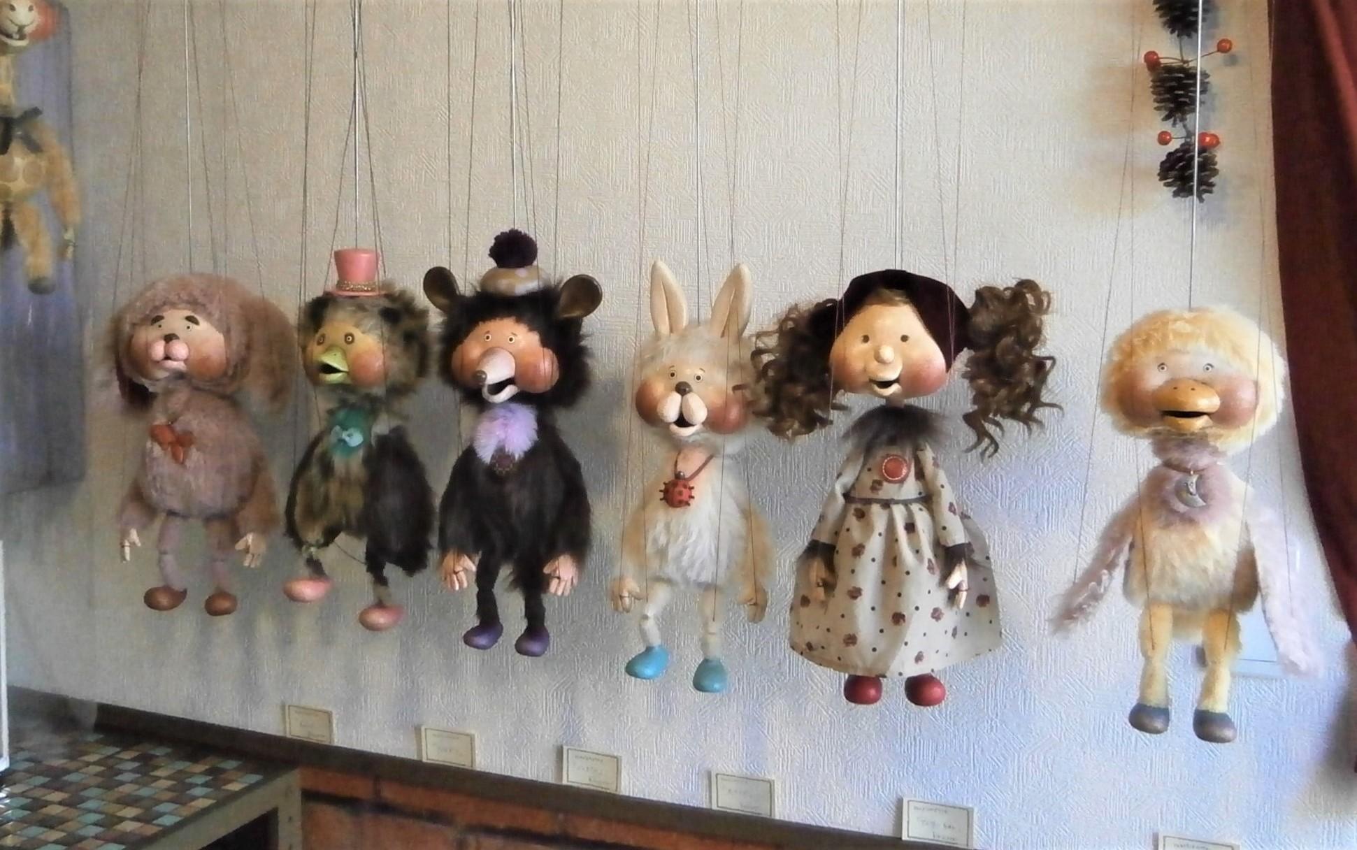 営業再開のマリオネットと人形店_d0152713_10025185.jpg
