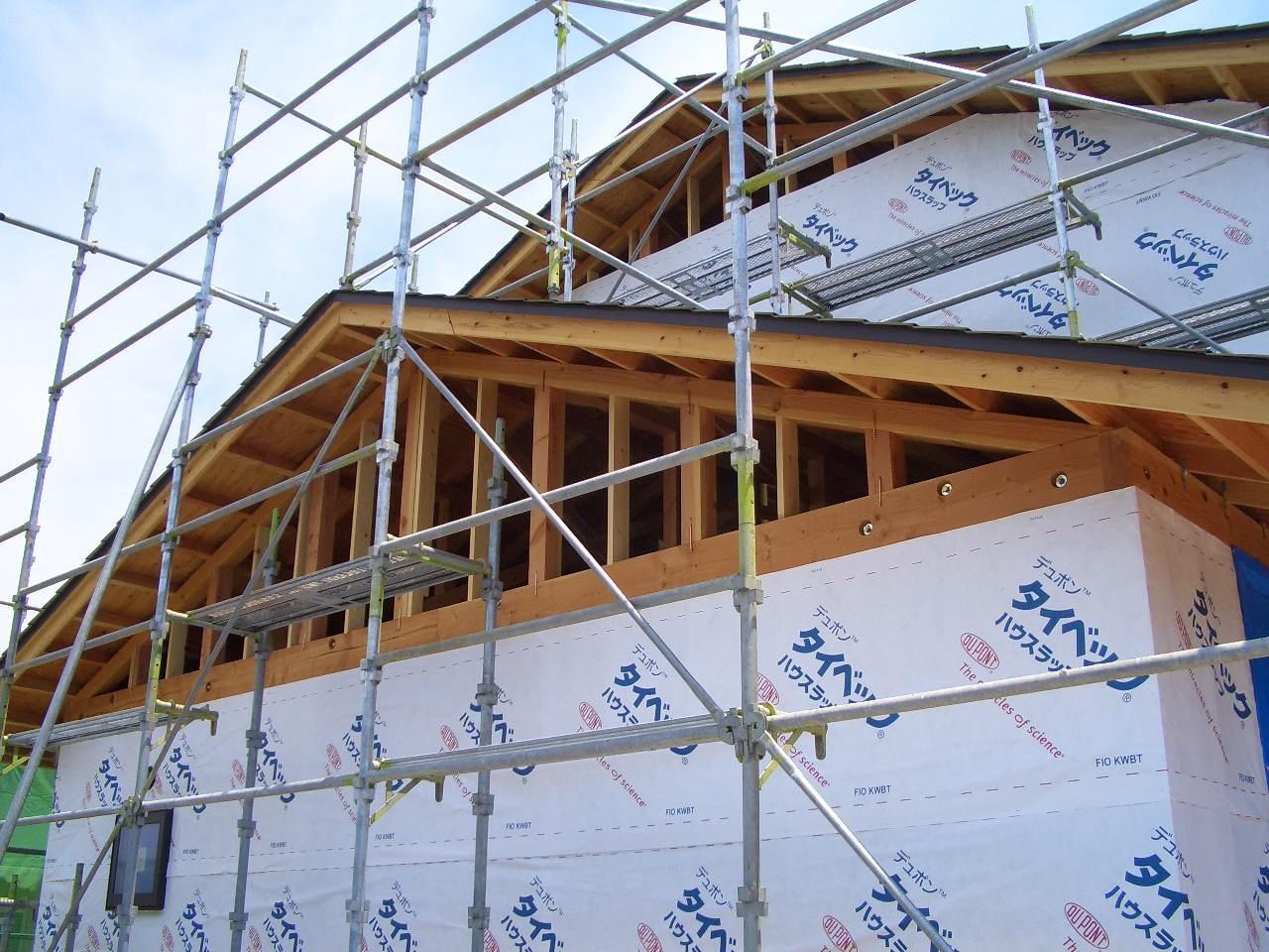 伊那市で設計事務所の家づくり 建築現場『外壁工事 透湿防水シート』 _b0146238_05395565.jpg