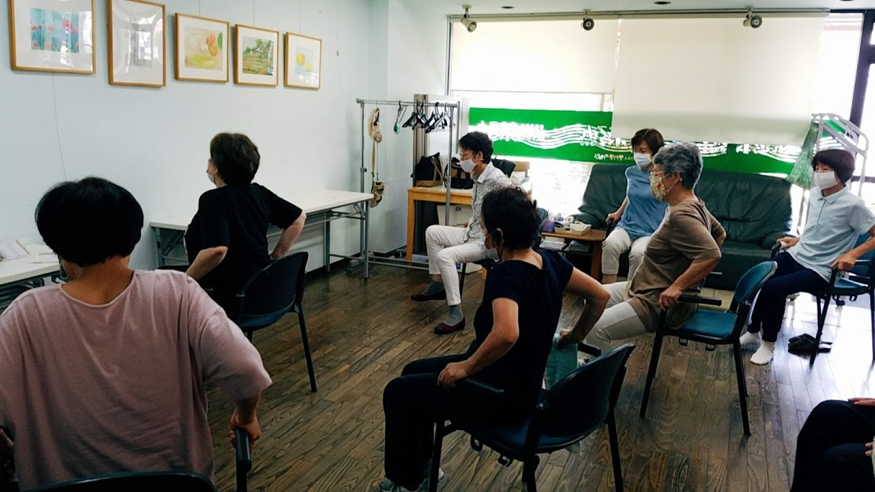 懐メロ体操&水彩画教室_c0113948_14053835.jpg