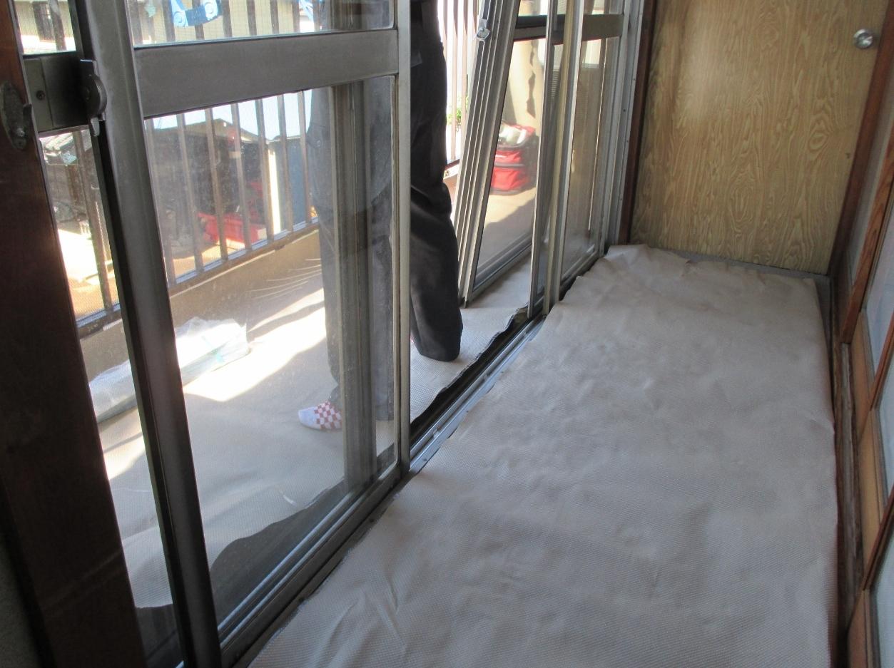 『サッシ交換』工事と台風対策としての『強化ガラス取付』工事 モリス正規販売店のブライト_c0157866_18143555.jpg