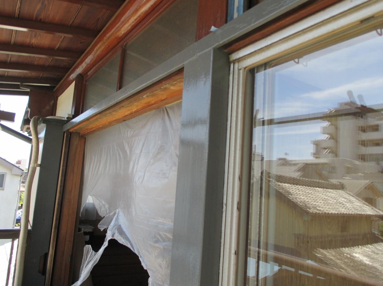 『サッシ交換』工事と台風対策としての『強化ガラス取付』工事 モリス正規販売店のブライト_c0157866_18235923.jpg