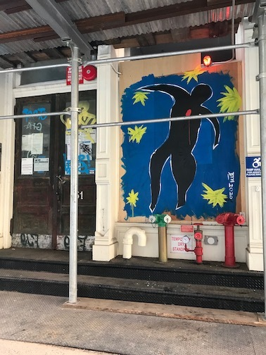 アートで蘇るNYの街角!さすがアレキサンダーワンはオシャレだった!_c0050387_15402517.jpeg