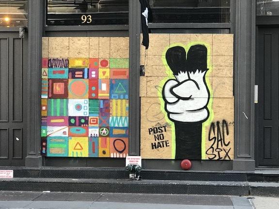アートで蘇るNYの街角!さすがアレキサンダーワンはオシャレだった!_c0050387_15404777.jpeg