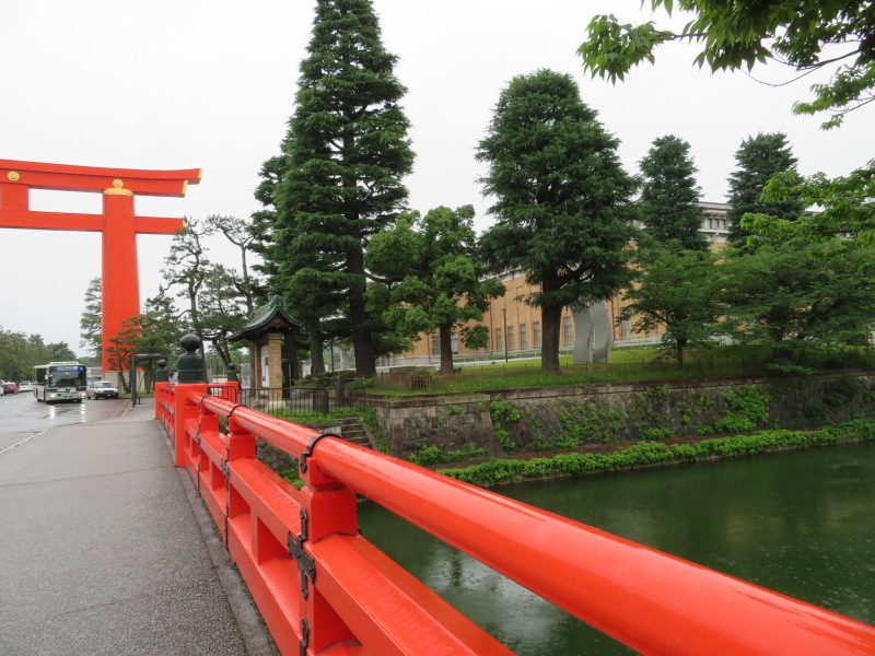 そろそろ京都へ行きたいと思っている人へ!リニューアルした美術館へ行ってみました!_f0129557_16331949.jpeg