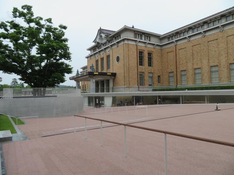 そろそろ京都へ行きたいと思っている人へ!リニューアルした美術館へ行ってみました!_f0129557_16332527.jpeg
