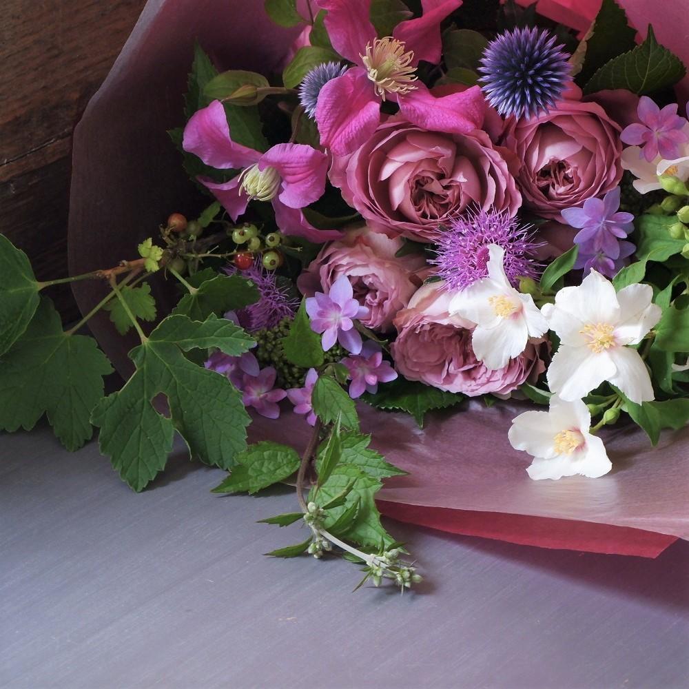 オークリーフ(バラアフタマスと季節花の花束)_f0049672_18112080.jpg