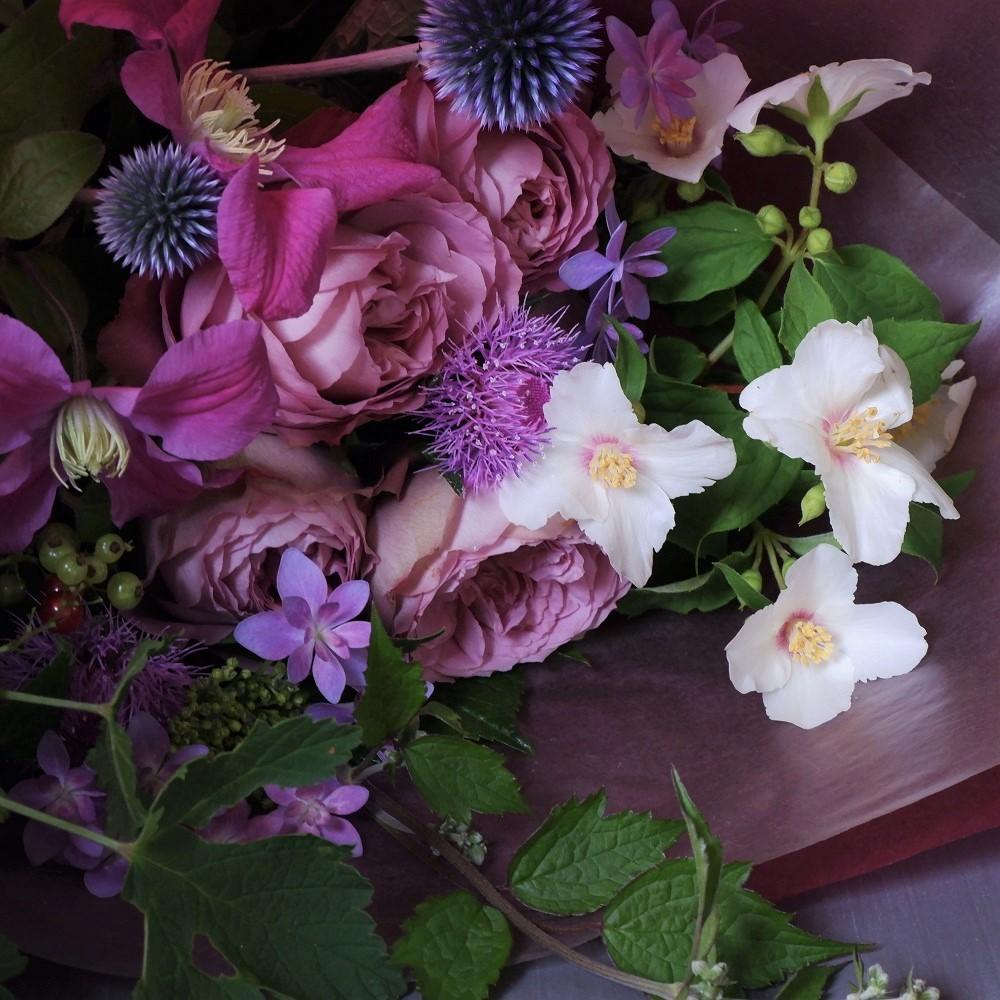 オークリーフ(バラアフタマスと季節花の花束)_f0049672_18113153.jpg