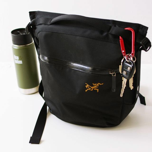 アークテリクス Arro 8 Shoulder Bag [24019]  人気のアロー8_f0051306_12454895.jpg
