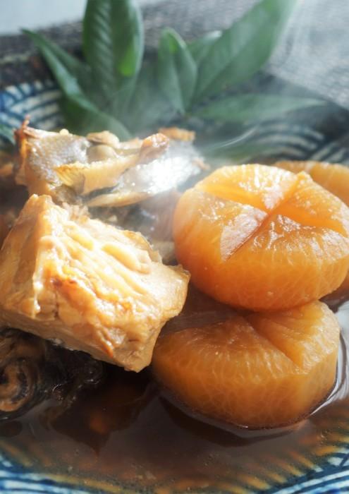 ■和食のおかず【ブリ粗大根煮】圧力鍋使用です。_b0033423_18493493.jpg