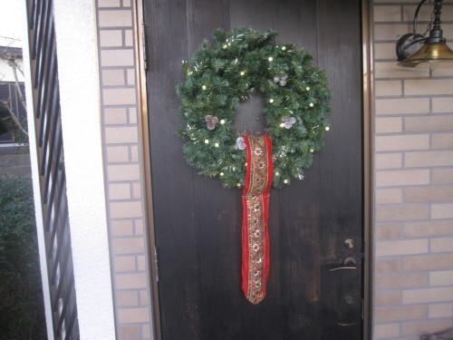 玄関ドア 三度目の塗り直し_e0350927_18191352.jpg